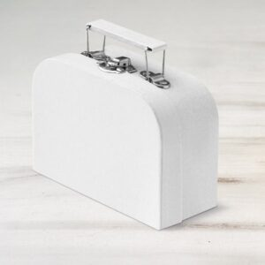 Λευκό Βαλιτσάκι Μπομπονιέρα για προσκλητηριο από χαρτί και χαρτόνι